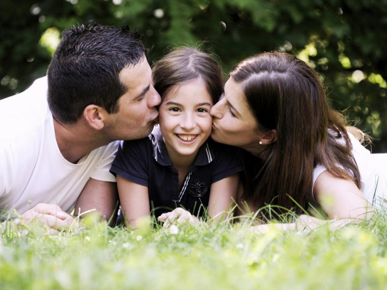 Which Family Floater Policy is Best for You? | Symbo Insurance